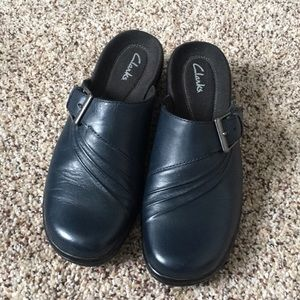 Clark's Navy Clog Shoes